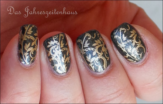 Baroque Gold Ornament Nageldesign 5
