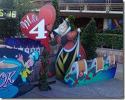 Disneyland 10K Mile 4