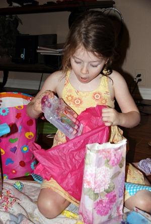 Ellaina opening her presents (7)