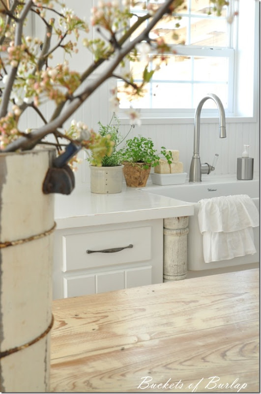 white countertops 3