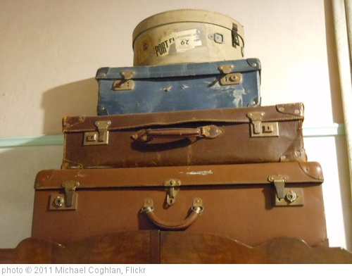 'Suitcases' photo (c) 2011, Michael Coghlan - license: http://creativecommons.org/licenses/by-sa/2.0/