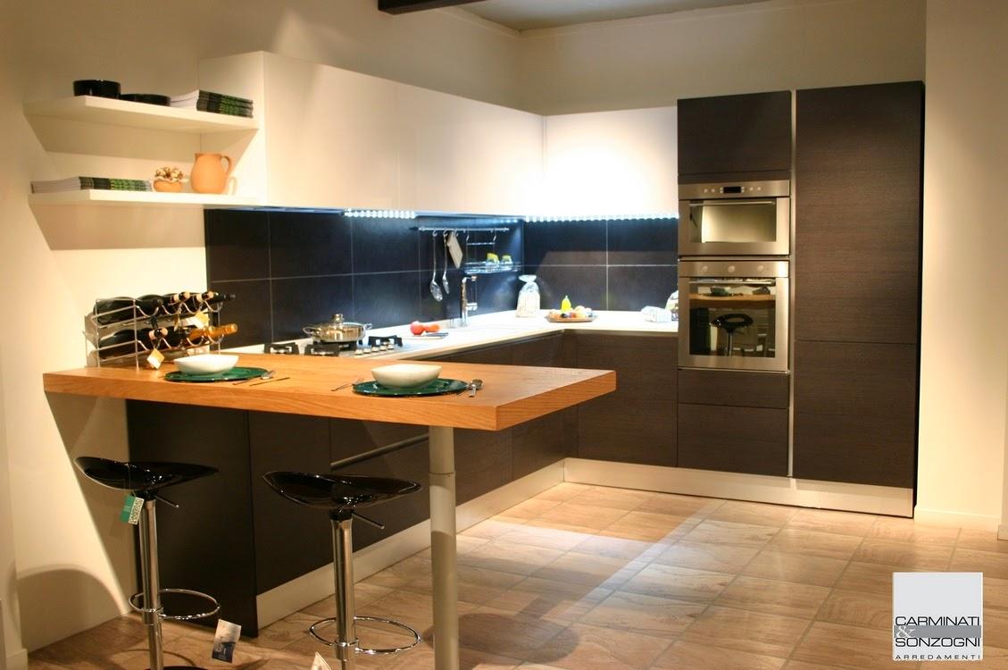 Cucine la casa moderna carminati e sonzognicarminati e sonzogni - Cucina moderna con penisola ...