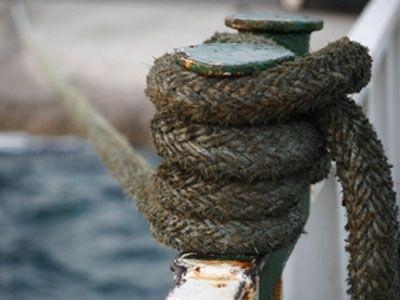 Απαγορευτικό έβγαλε το λιμεναρχείο – Δεμένο στην Πάτρα το πλοίο (29-2-2012)