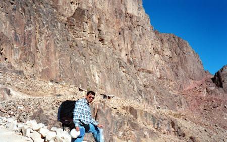 Imagini Sinai: la coborare de la varful Moise