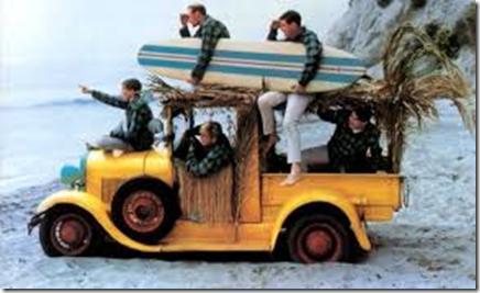 beach-boys-surfing