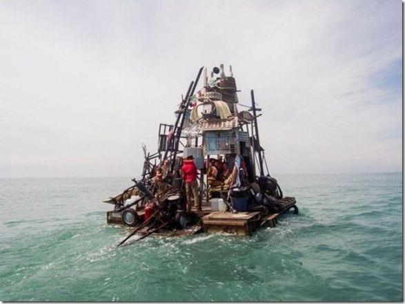 garbage-raft-europe-4