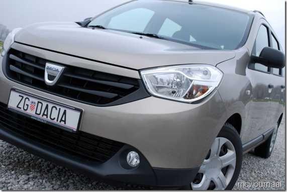 Dacia Lodgy Ambiance 1.6 MPI 85 11