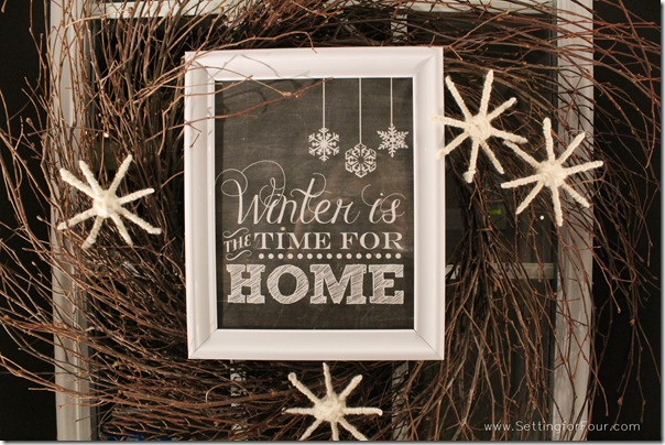 Chalkboard Printable Winter Wreath from Setting for Four #diy #wreath