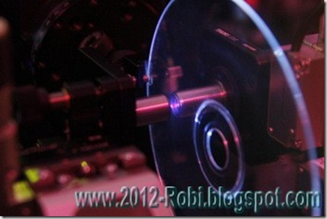 Gedisc-Blu-ray-disc_2012-robi