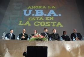Juan Pablo de Jesús con Autoridades de la UBA