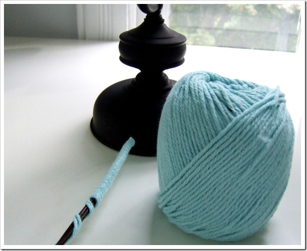 Wrap lamp cord in yarn by Little Victorian