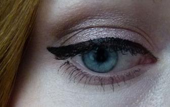 Eyeliner Tragebild