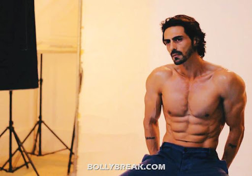 """""""Eight-pack abs: Did this man have the best body in ... Arjun Rampal Body"""