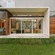 fachadas-de-vidrio