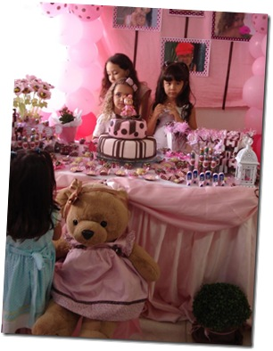 bolo_marrom e rosa