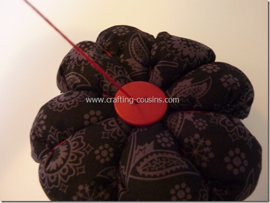 Sew your own flower pincushion tutorial from the Crafty Cousins (32)