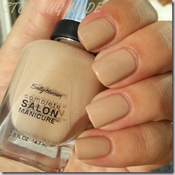 Sally Hansen Designer Kollektion Stocking Nude (3)-