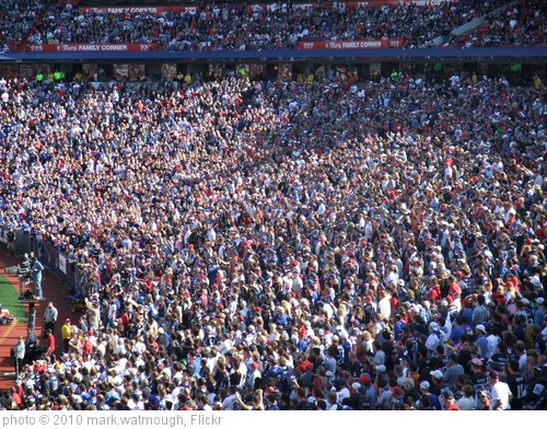 'Crowd at the Buffalo Bills vs Jackson Jaguars game' photo (c) 2010, mark.watmough - license: http://creativecommons.org/licenses/by/2.0/