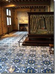 2004.08.28-022 chambre du roi du château