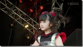 BABYMETAL_catch-me-if-you-can_14