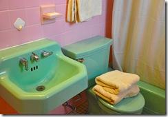 pinkgreenbath