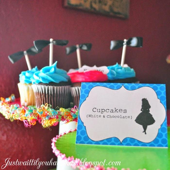 Onederland-Details-Cupcake-