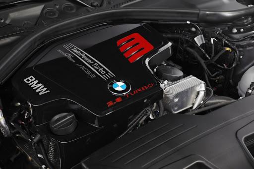 BMW-328i-08.jpg