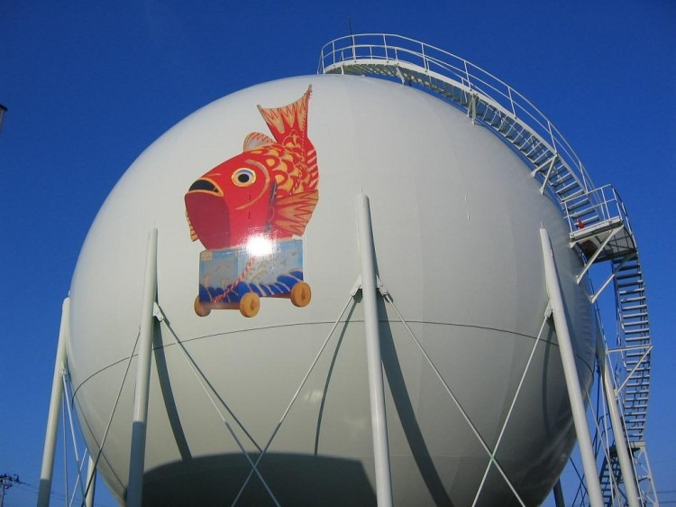 decorated-gas-tanks-japan-5