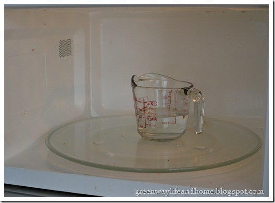 How to clean microwave before