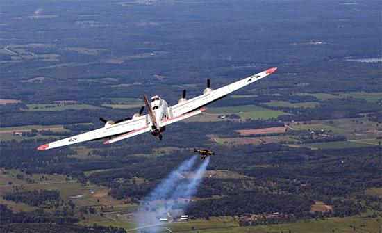 Jetman Yves Rossy (4)