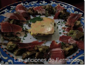 Alcachofitas con jamón y foie