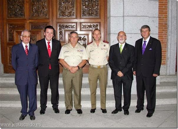 El General Gamazo, el Coronel Arenas y la Comisión de nuestra Cofradía