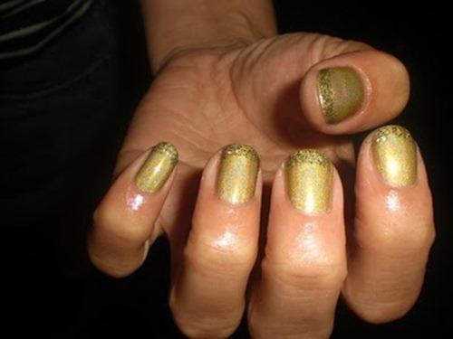 gold-nail-art
