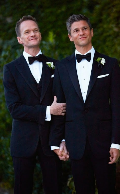 Neil-Patrick-Harris-is-now-a-married-man-495x800