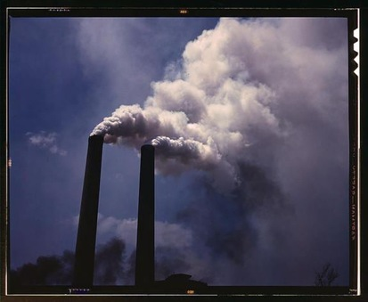 LibraryOfCongress_smoke_1942.jpg1370632048