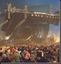 Sugarland-Stage-Collapse-CountryMusicRocks.net_1-150x150