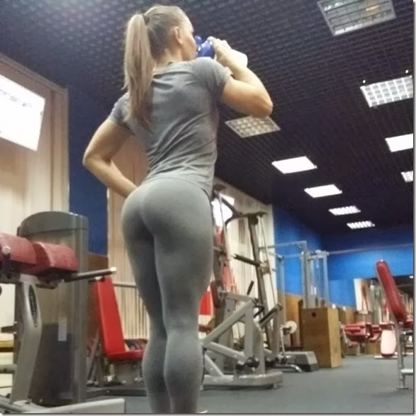 yoga-pants-please-001