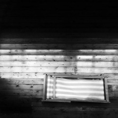 Beach-Hut-Contents---Mono