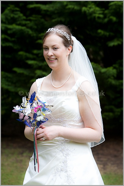 a scottish bride holding unique boquet