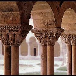 64 - Capiteles del Claustro de San pedro de Moissac