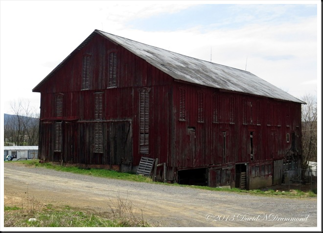 One of the many old barns that dot the Pennsylvania countryside