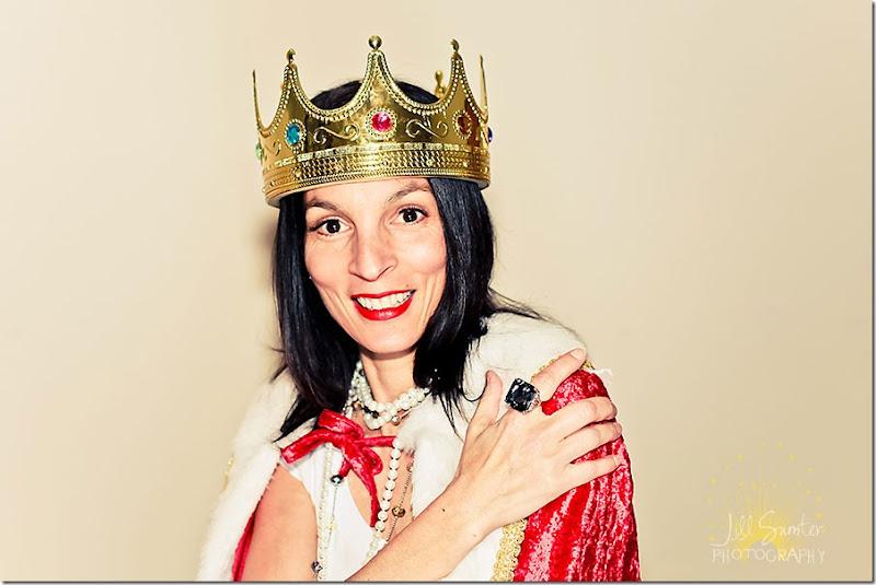 me-(queen)-0616