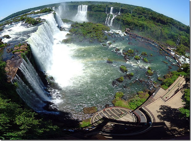 Iguacu Falls and Brazilian Tourist Complex - Wikimedia Commons -Martin St-Amant - Wikipedia - CC-BY-SA-3.0