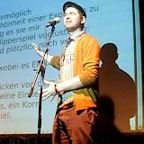 Богдан Пясецкий (Bohdan Piasecki)- польский слемер и переводчик, сейчас живет в Великобритании. Был  единственным европейским поэтом в финале Slam Кубка мира в Париже.