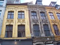 2011.08.07-063 maisons 18è rue de la Monnaie