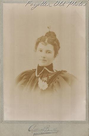 R. Gibson Moorhead Antiques