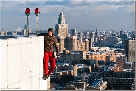 extreme-rooftopping-skywalking-photos-mustang-wanted-russia-6