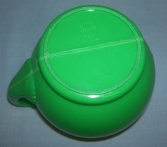 Sterilite green plastic pitcher, bottom