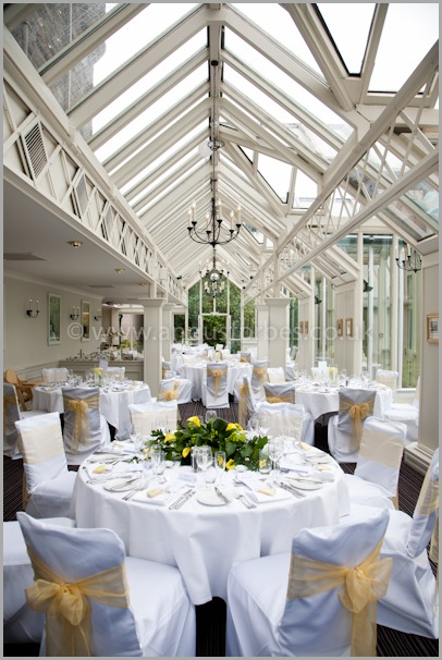 Ideal conservatory wedding in landmark hotel dundee