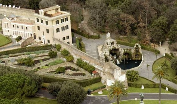 La nueva residencia de Benedicto XVI